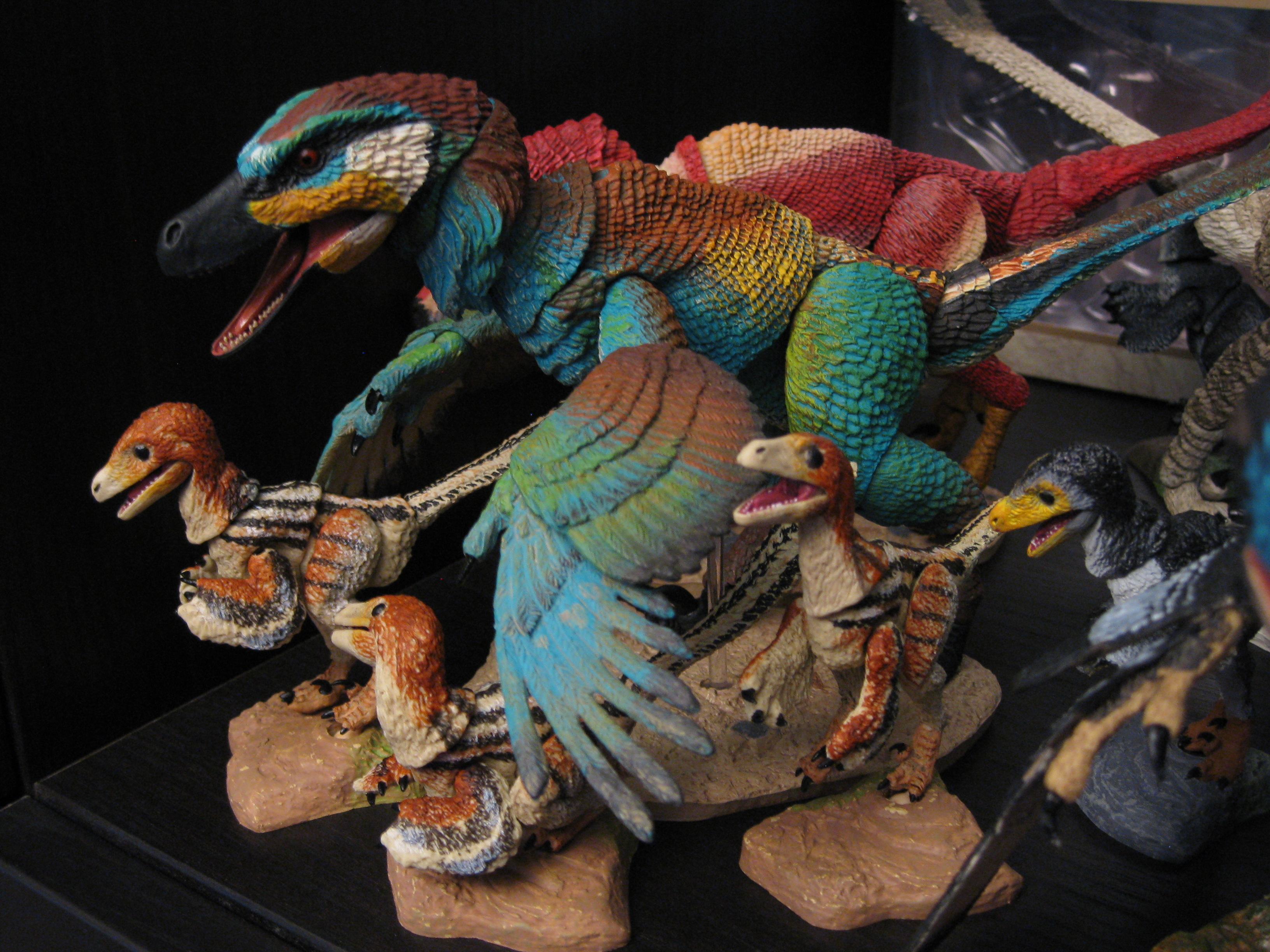 Linheraptor (and hatchlings)